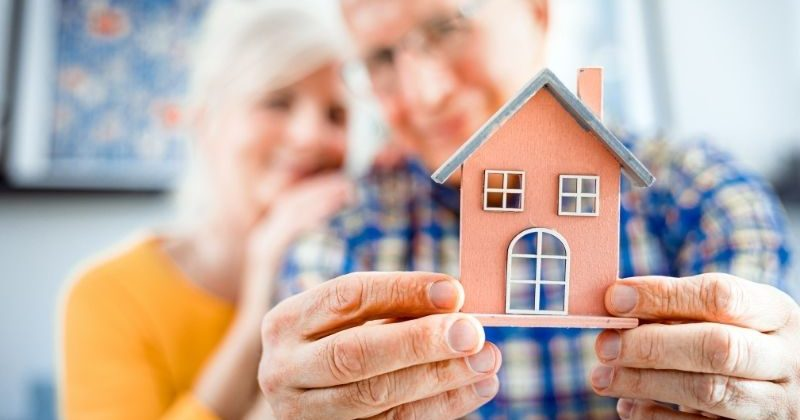 Tips for Managing Your Home When Moving into Assisted Living